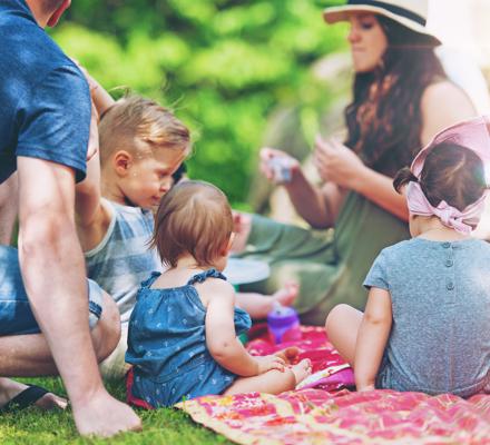 5 ідей для оригінальних закусок для пікніка на природі