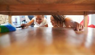 Как да почистим пролетно дома: практично ръководство