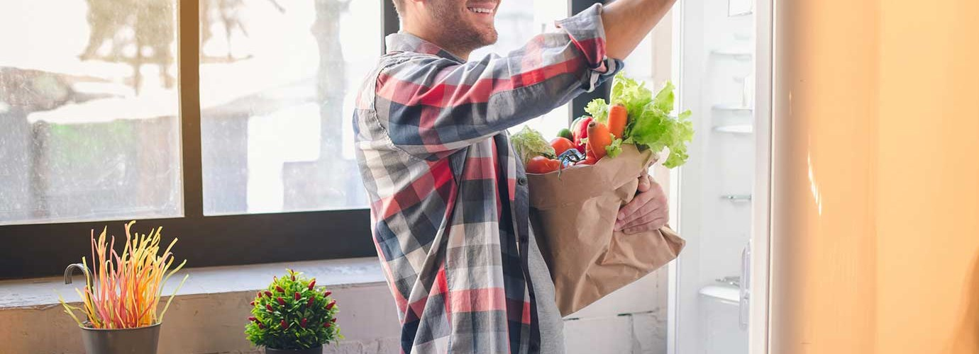 Как сохранить еду в холодильнике свежей