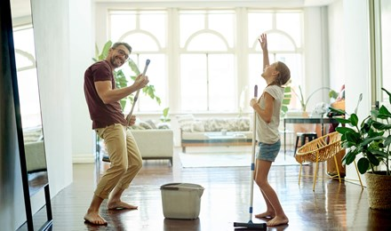 Tabel cu treburi casnice pentru familie