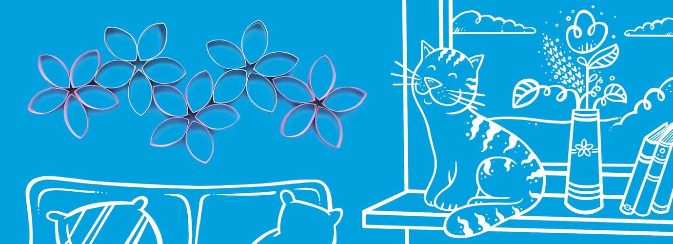 Kartonsko cvijeće na zidu ilustriranog dnevnog boravka s kaučem i mačkom na prozorskom oknu