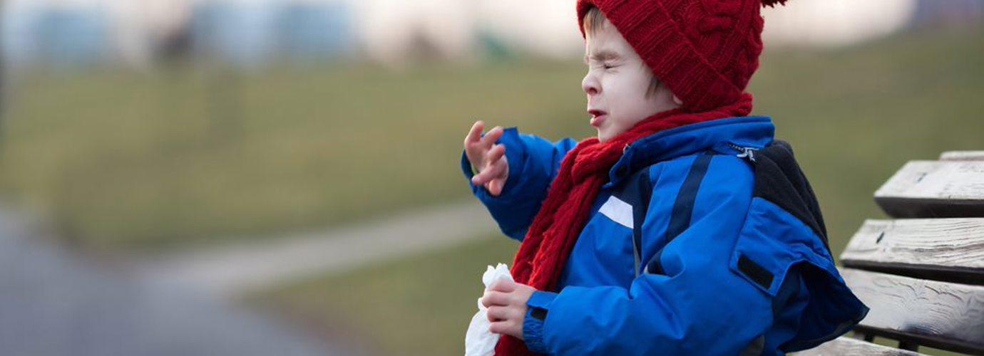 Что делать, если ребенок чихает - советы